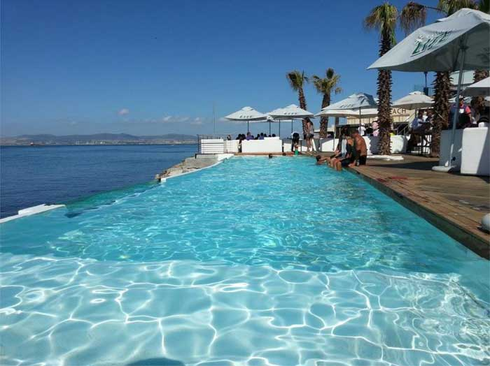 New and or improved on the cape town restaurant scene ilanga travel ilanga travel for Southern suburbs swimming pool